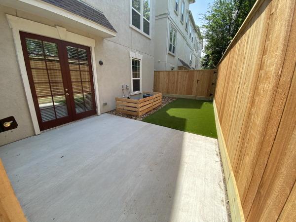 Apartment community landscaping